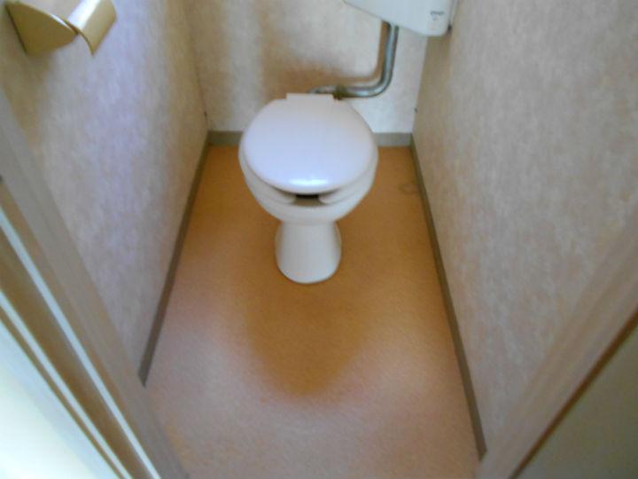 トイレ清掃 After
